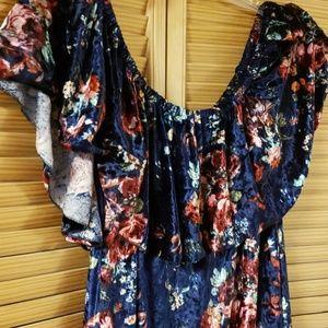 Gorgeous lularoe crushed velvet Cici flounce dress